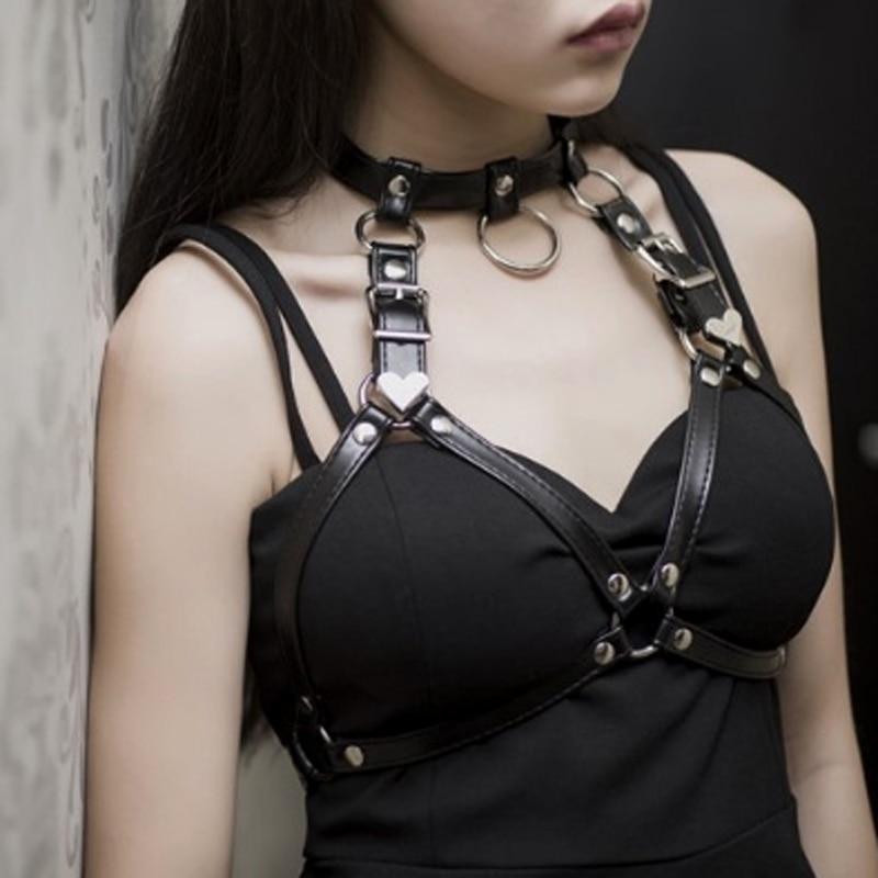 Fashion Punk Cupless Bra Top Leather Harness Belt Body Bondage Chest Straps Black Studded Rivet Cropped Top Chest Straps