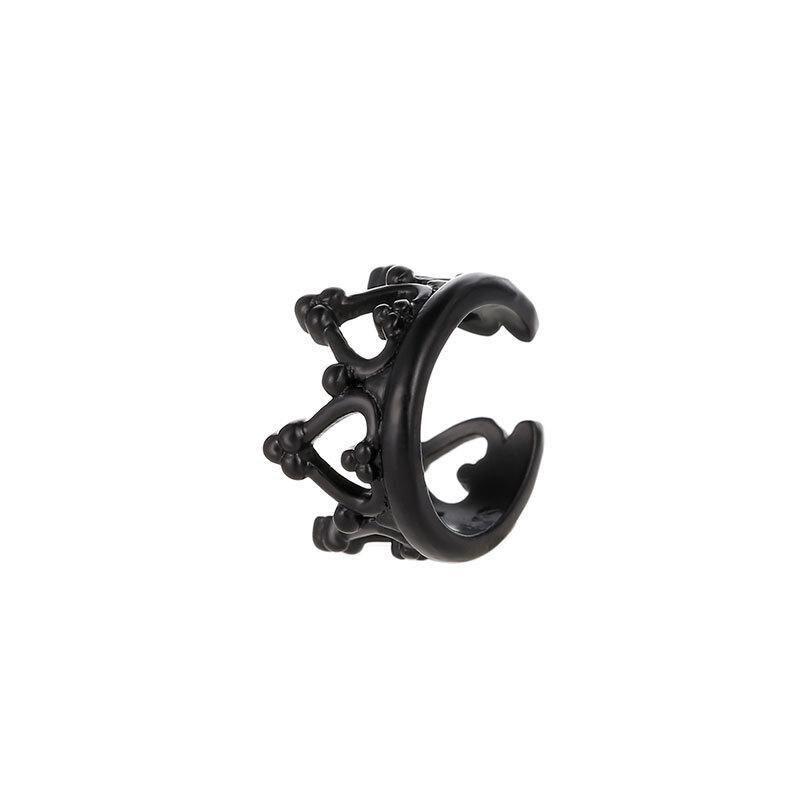 05 black earrings