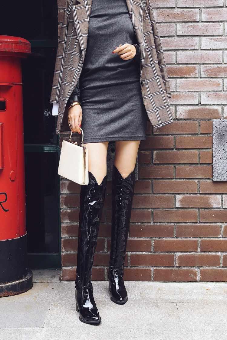 Женские ботинки; сапоги до колена с принтом змеиной кожи; Модные женские пикантные туфли на высоком каблуке с острым носком; Новинка 2020 года; Ботинки Челси; 6,5 см