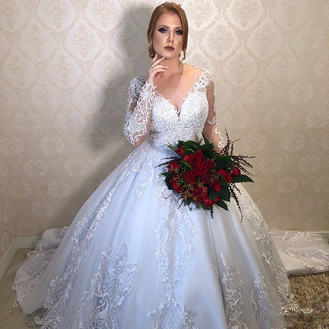 Vestido De Noiva New Fashion Ball Gown Vintage Lace Applique Wedding Dress 2019 Chapel Train V Neck Long Sleeve Wedding Gowns