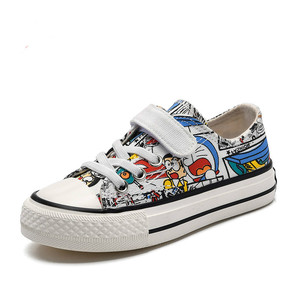Image 2 - Babaya Kinder Leinwand Schuhe Jungen Sneaker Atmungsaktive 2020 Frühjahr Neue Cartoon Graffiti Mädchen Schuhe Mode Kinder Turnschuhe für Mädchen
