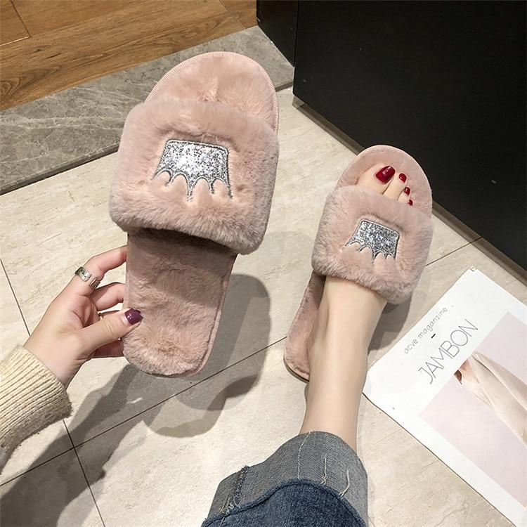 H3057d7ebcf9e43b6afa9016eebd3d51ai Mulheres chinelos de pele de inverno de pelúcia quente plana indoor sapatos moda feminina padrão coroa casa rosa chinelos macios slides