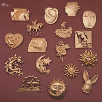 AOMU 2019 Fashion Metal Abstract Portrait Human Face Brooch Pin Animal Horse Moon Sun Gold Color Brooches for Women Accessories