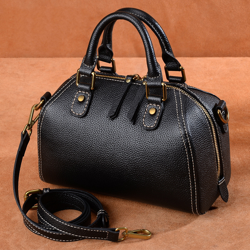 The best quality ladies luxury fashion shoulder bag quality classic 100% leather brand famous ladies handbag free shipping