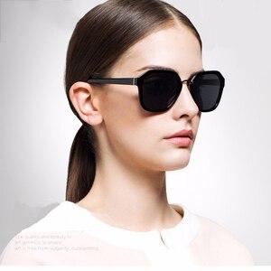 Image 4 - PARZIN Occhiali Da Sole Polarizzati Donne TR90 Occhiali Da Sole Donna Dellannata Delle Signore di Guida Occhiali Con Il Caso Nero