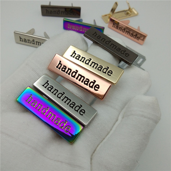 цена на (20pcs/lot) 5 colors 35*10mm Handmade script metal bag label,handcraft handmade letters metal label decorative for purse