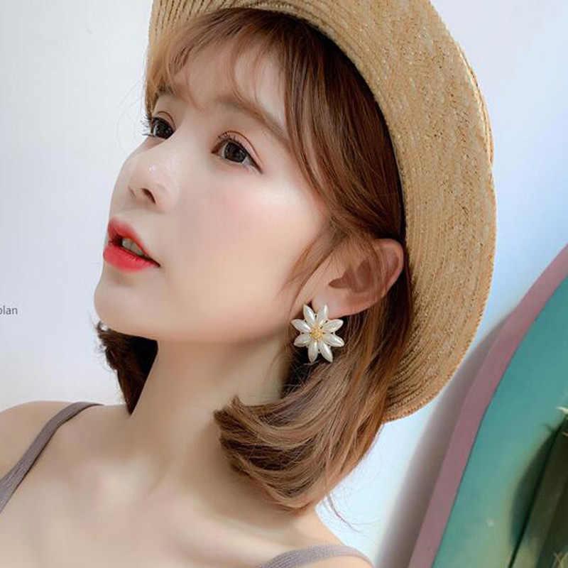 Exknl PARTY ดอกไม้ Drop ต่างหูสำหรับผู้หญิง 2020 เกาหลีจำลองเพิร์ล Dangle เครื่องประดับต่างหูแฟชั่นผู้หญิง