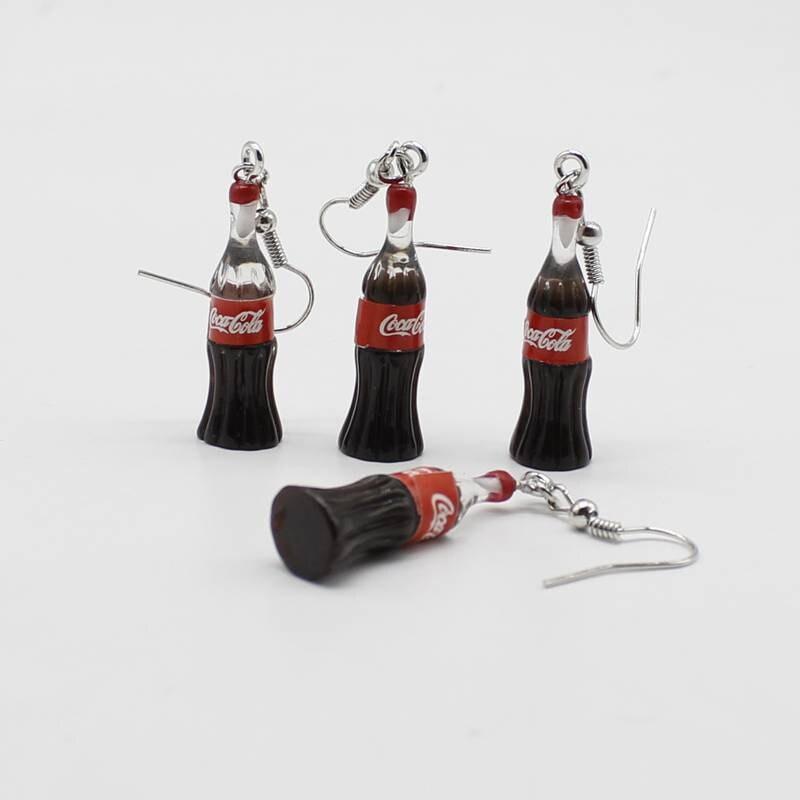 Pendientes de cigarrillo de cola de simulación de moda creativa versión coreana de los simples pendientes de regalo de las señoras llavero joyería al por mayor