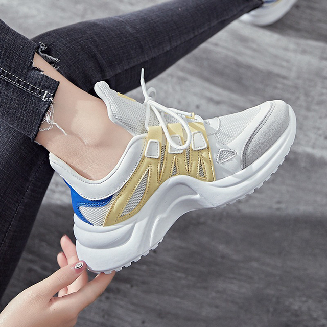 Women Shoes New Breathable Mesh Casual Shoes Women Fashion Sports Shoes High Quality platform Women Vulcanized Shoes Size 35-43 2