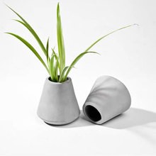 Creative cement vase container mold silicone conical design