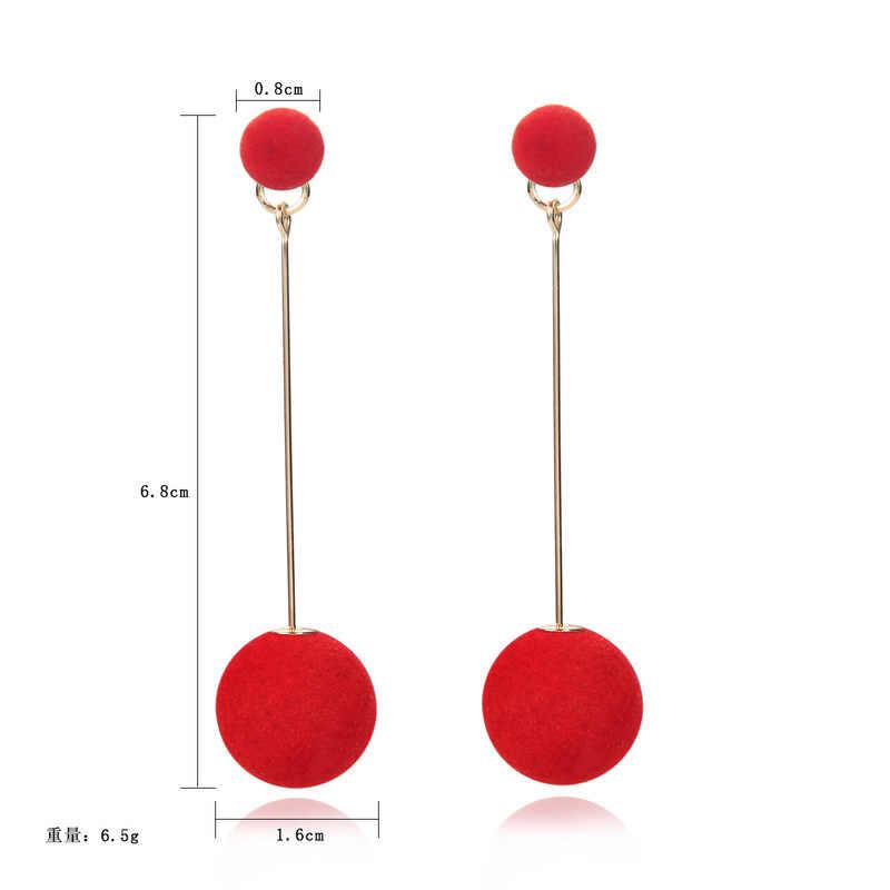 ใหม่แฟชั่นสีแดงสีดำ Plush Ball Drop ต่างหูผู้หญิงเกาหลีบุคลิกภาพรอบยาว Tassel Earrings เครื่องประดับของขวัญ