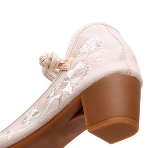 Image 5 - Veowalk Vintage Embroidery Women Mid Block Heel Shoes Canvas Pumps for Elegant Ladies Woman Cotton Embroidered Chinese Shoes