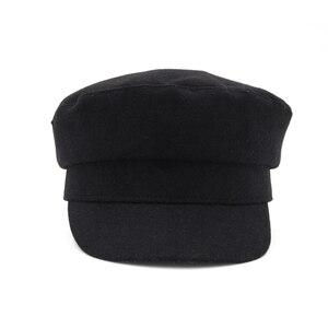 Image 4 - Jednolity kolor granatowe czapki dla kobiet jesień zima nowa moda wielbłąd i czarne wygodne Casual Vintage ciepłe czapki wojskowe damskie