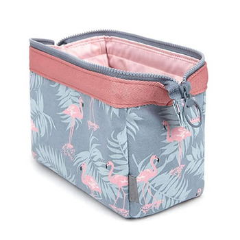 new fashion cosmetic bag Women waterproof Flamingo makeup bags travel organizer Toiletry Kits Portable makeup bags Beautician