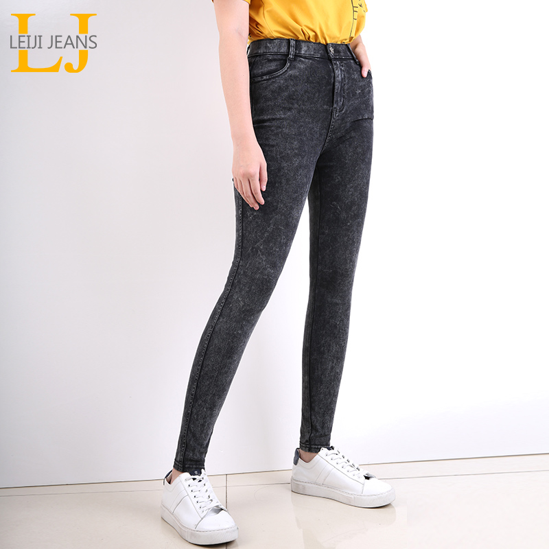 LEIJIJEANS New large size women's black snowflake mid-rise slim high-elastic ladies feet   jeans   snows style classic   jeans   9259
