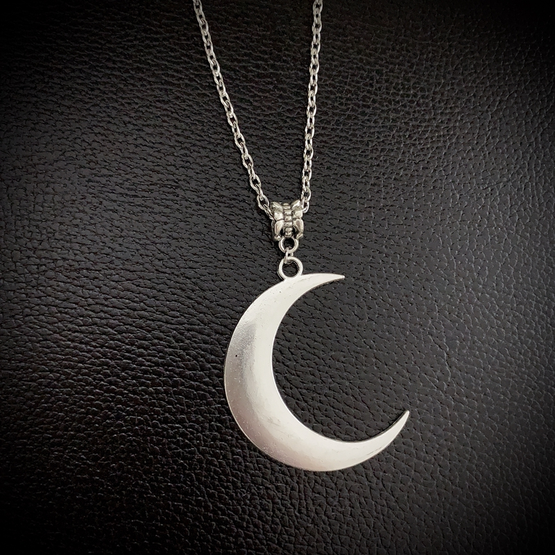 World of warcraft inspired larp pendant gothic pendant wiccan necklace: Nocturne Rime night elf necklace moon necklace
