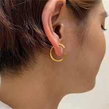 European American creative design metal Gold C- shaped earrings female, personality exaggerated circle ear ring