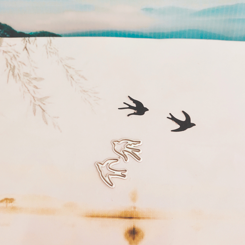 Swallow Flying Animals Birds Decorative Metal Cutting Mold, DIY Scrapbook, Photo Album, Relief Card, Handicraft Mold.