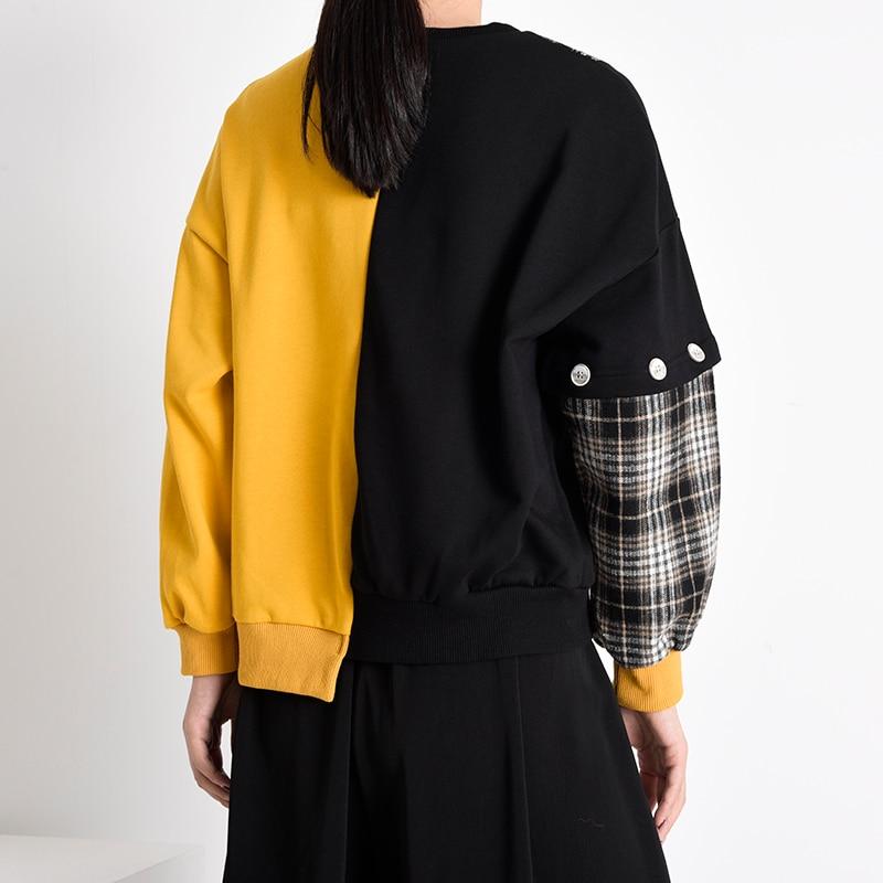 [EAM] Loose Fit Black Plaid Irregular Sweatshirt New Round Neck Long Sleeve Women Big Size Fashion Spring Autumn 2020 1Y23301 4