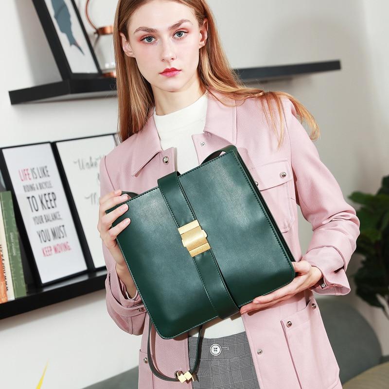 Luxury Leather Women Bag   Retro Lock Fashion Brand Large Capacity Bucket Bag Shoulder Bag  Purse