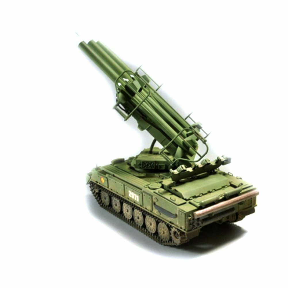 1:35 Durable Educational Antiaircraft Missile Model Kit Plastic Training Tank Russian Assembly <font><b>Trumpeter</b></font> Toys DIY Simulation image