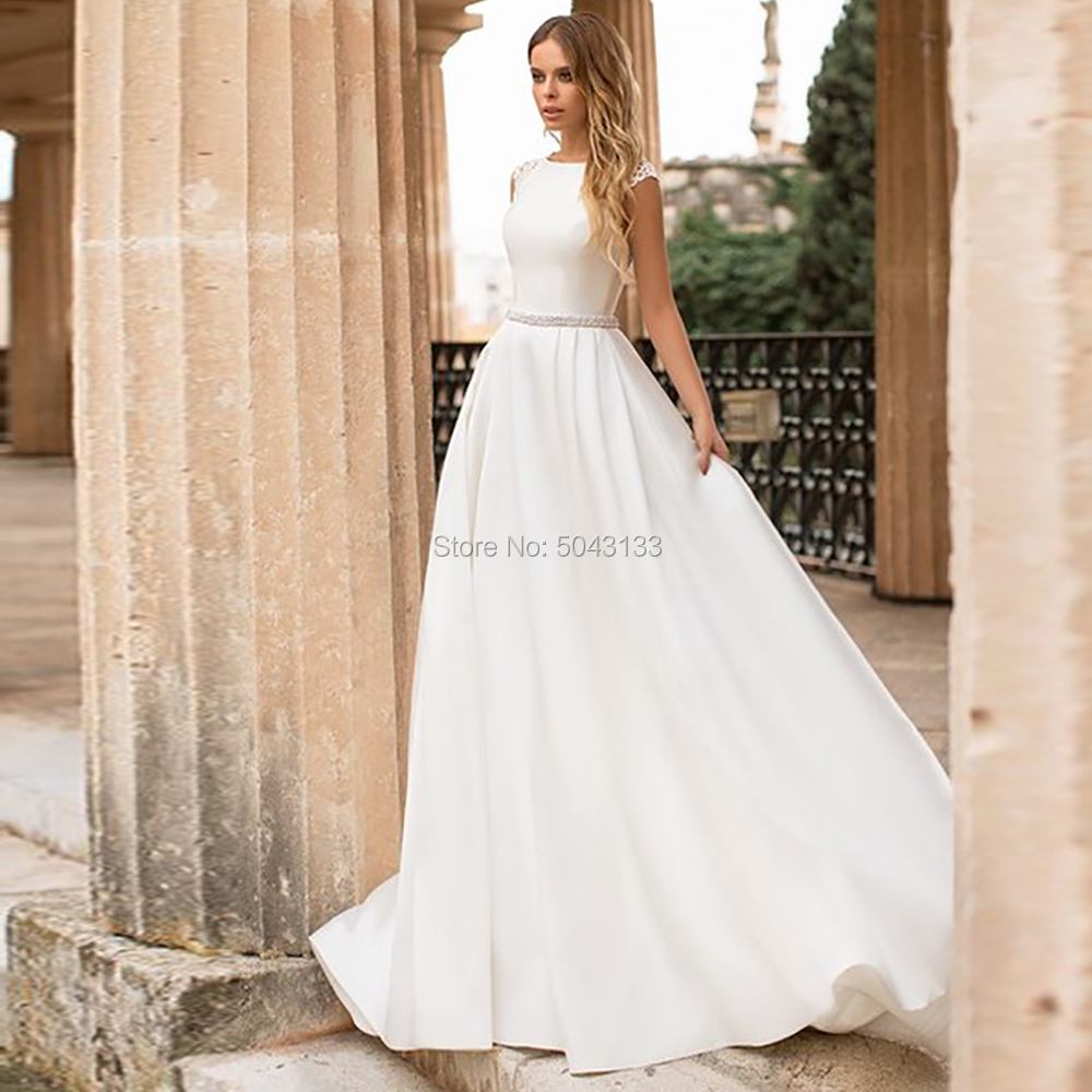 Elegant Satin Wedding Dresses 2020 Scoop Neck Lace Appliques Short Sleeves Backless Bride Wedding Gowns With Beaded Sash Cheap