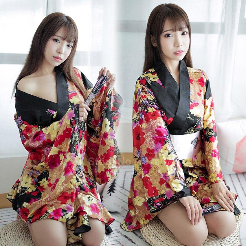 Short Style Women Japanese Kimono Dress Traditional Floral Sexy Sleepwear Pajamas V-neck Satin Smooth Bathing Robe Yukata