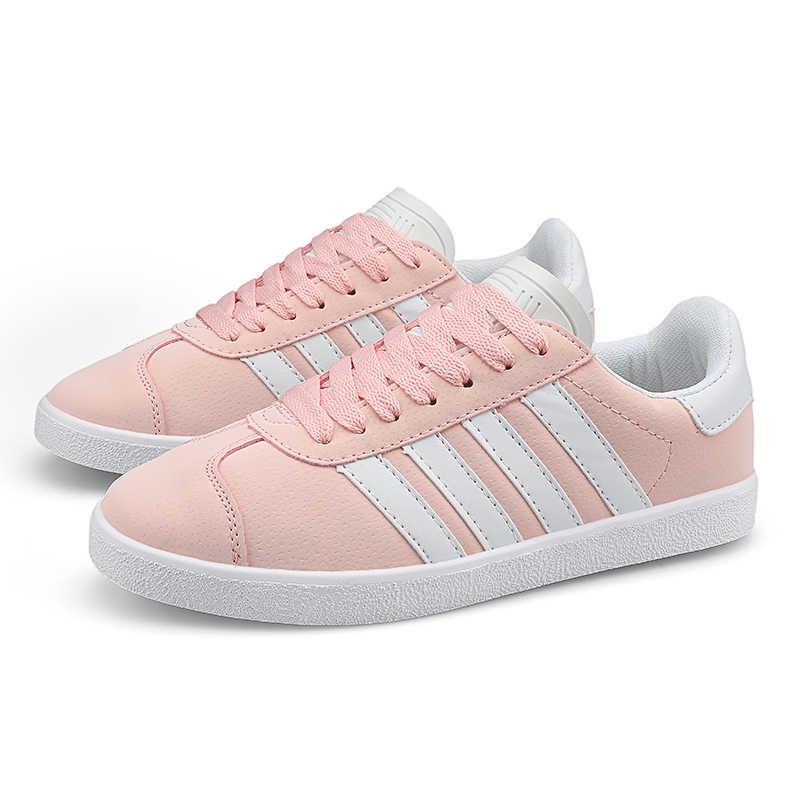 Sneakers mannen ademende ultra light casual footwear unisex paar trainers klassieke Witte Schoenen zapatillas hombre deportiva