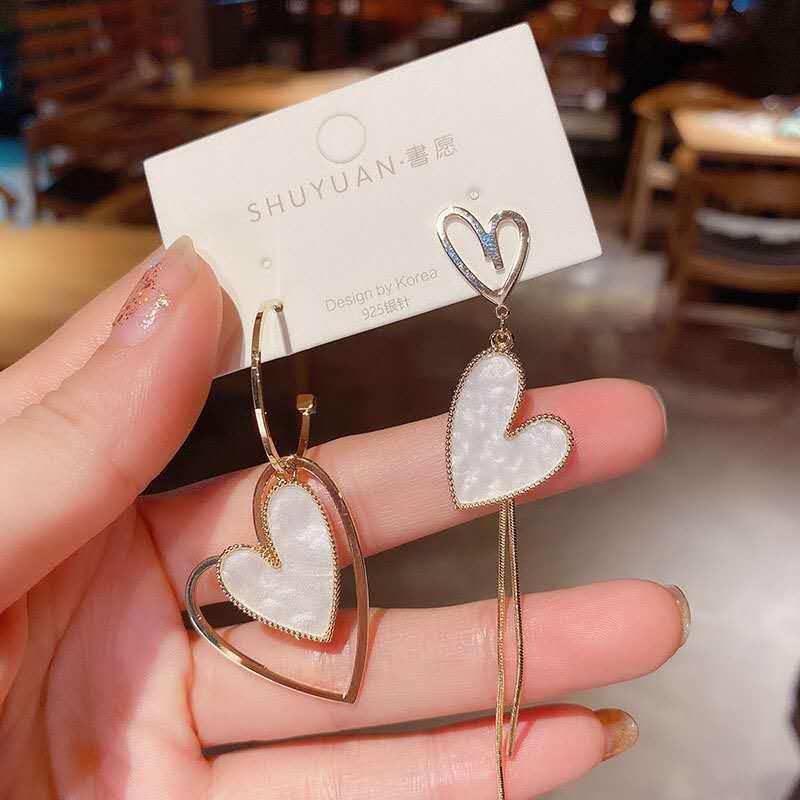 2019 New Sweet Asymmetry Shiny Rhinestone Love Heart Drop Earrings for Women Long Crystal Tassel Dangle Jewelry