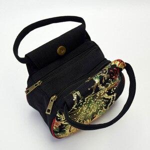 Image 3 - ร้อนขายชาติพันธุ์เย็บปักถักร้อยกระเป๋าปักปักนกยูง MINI กระเป๋าถือผู้หญิงจัดส่งฟรีกระเป๋าถือ