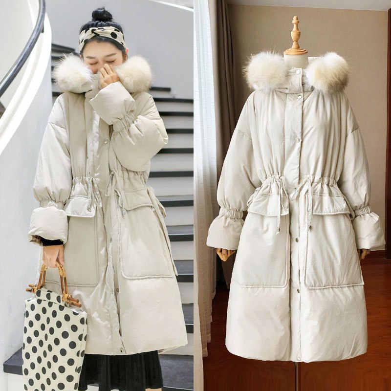 Moda Real Cuello de piel de mapache talla grande abajo Parka invierno mujer abrigo largo cálido para chica suelta mujeres abrigos pato prendas de Vestir exteriores