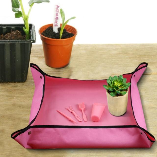 Gardening Waterproof Folding Dust Proof Mat 1