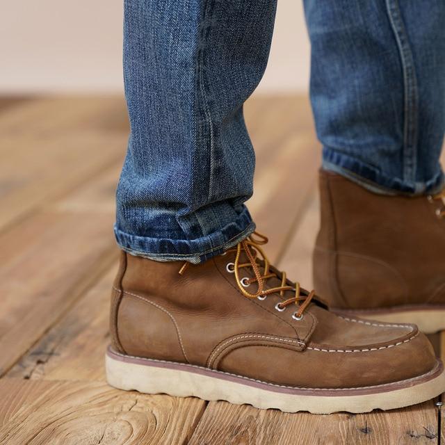 Retro jeans with slim fit design