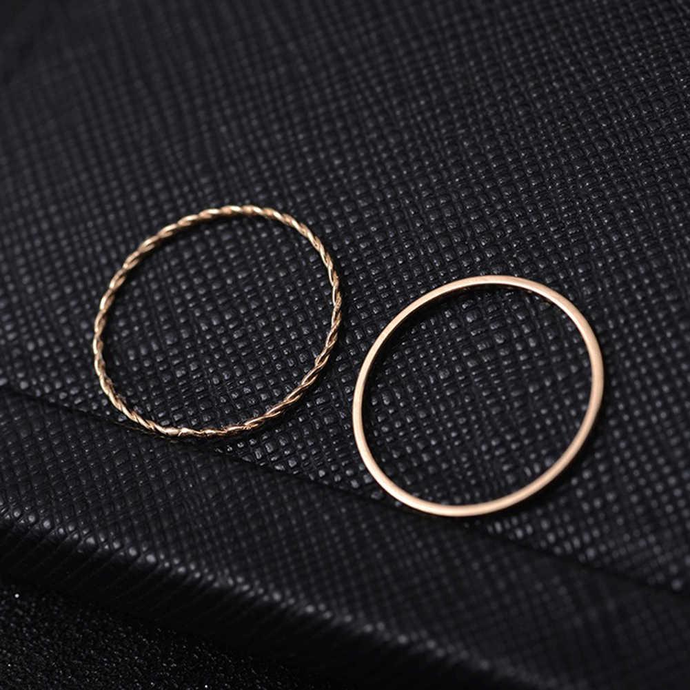 Nouvelle version coréenne de l'ensemble d'anneaux de dix pièces de combinaison de personnalité féminine simple étudiant bijoux en gros