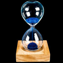 Magnetic Hourglass Glass Iron Powder Sand Iron Flowering With Packaging Hourglass 13.5 * 5.5cm Wood Wooden Seat Gift Presents L1