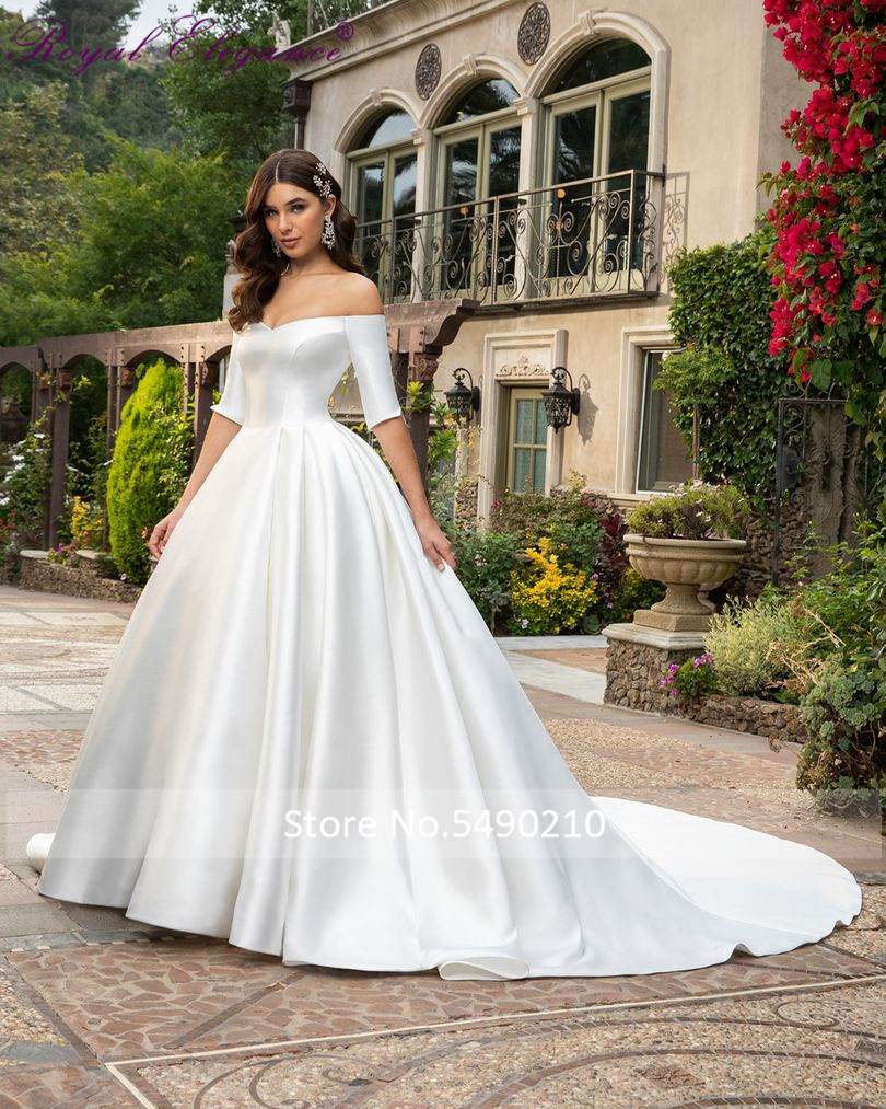 Royal Elegance Satin Ball Gown Half Sleeve Off Shoulder Wedding Dress Sweetheart Simple Bridal Dress