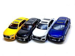 Image 2 - גבוהה סימולציה 1:32 אאודי Q8 עם קול אור למשוך בחזרה סגסוגת צעצוע מכונית דגם צעצועים לילדים מתנות משלוח חינם