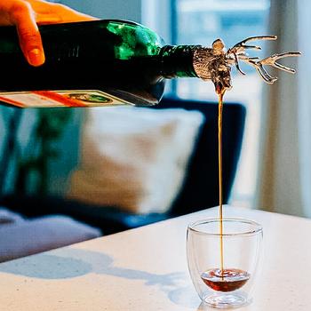 2 style głowa jelenia wino usta głowa jelenia przewodnik wina wlać korek do wina stop cynkowy korek do wina barman narzędzie akcesoria do wina tanie i dobre opinie OLOEY CN (pochodzenie) WS915 Ekologiczne Wine mouth Wine pouring device Silver-plated gold-plated rose-gold tap (silver-plated)