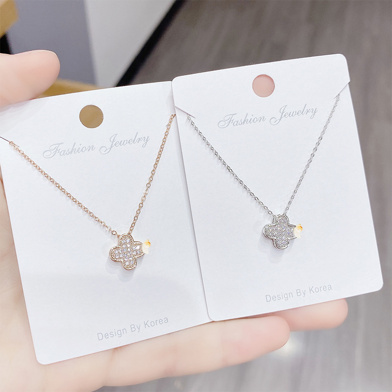 2020 New  Copper Zircon Clover Necklace Pendant    Gold  Plated  Simple Fashion Versatile Clavicular Chain Four Leaf