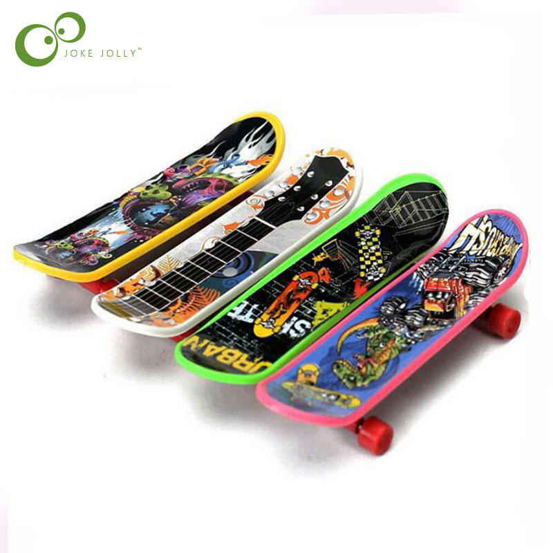 10 pçs/lote mini modelo de skate desktop das crianças profissional plástico dedo scooter criativo diversão festa da família brinquedos yjn