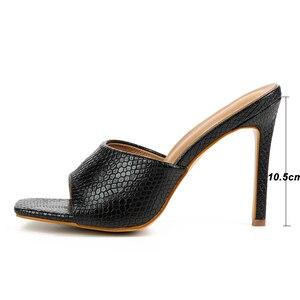 Image 4 - Pzilae 2020 yeni kadın sandalet kare ayak ince yüksek topuk terlik moda kadınlar üzerinde kayma slaytlar yaz plaj ayakkabısı katır boyutu 42