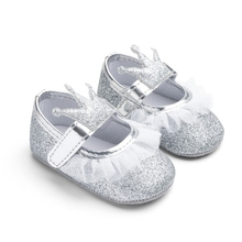 Baby Girl Moccasins Newborn Baby Girl Princess Shoes Crown Lace Bling Shoes Soft Soled Non-slip Footwear Crib Shoes