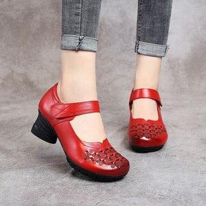 Image 4 - Женские туфли лодочки без застежки GKTINOO, весенне осенние туфли из натуральной кожи на толстом каблуке с круглым носком в стиле ретро