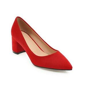 Image 2 - ZawsThia עבה גבוהה עקבים נעלי נשים משאבות נעלי עבודת בוהן מחודדת להחליק על עקבים גבוהים אביב הנעלה גדול גודל 42 43 אדום צהוב
