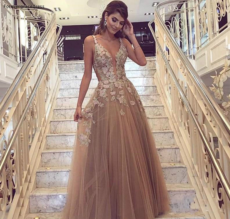 2019 Cheap Petal Appliques Prom Dress A Line V Neck Floor Length Formal Holiday Wear Party Gown Custom Made Plus Size