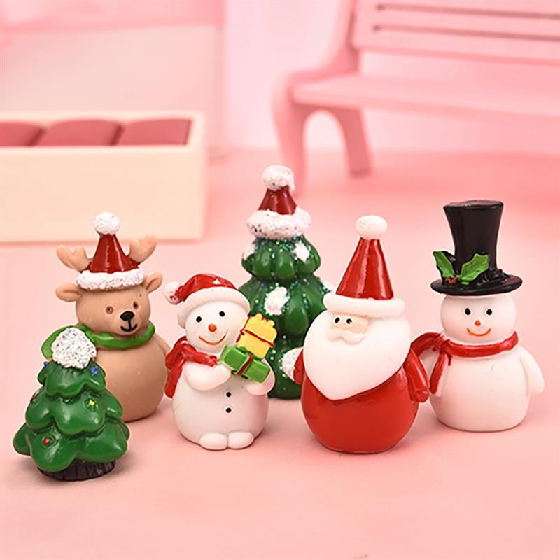 1-7pcs/set Miniature Christmas Tree Santa Claus Snowmen Terrarium Accessories Gift Box Fairy Garden Figurines Doll House Decor