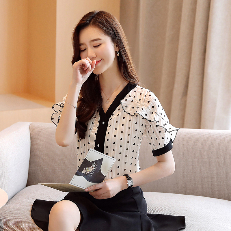 Korean Chiffon Boulses Women Dot Shirt Women V-neck Short Sleeve Blouse Woman Ruffles Shirt Plus Size Blusas Mujer De Moda 2020