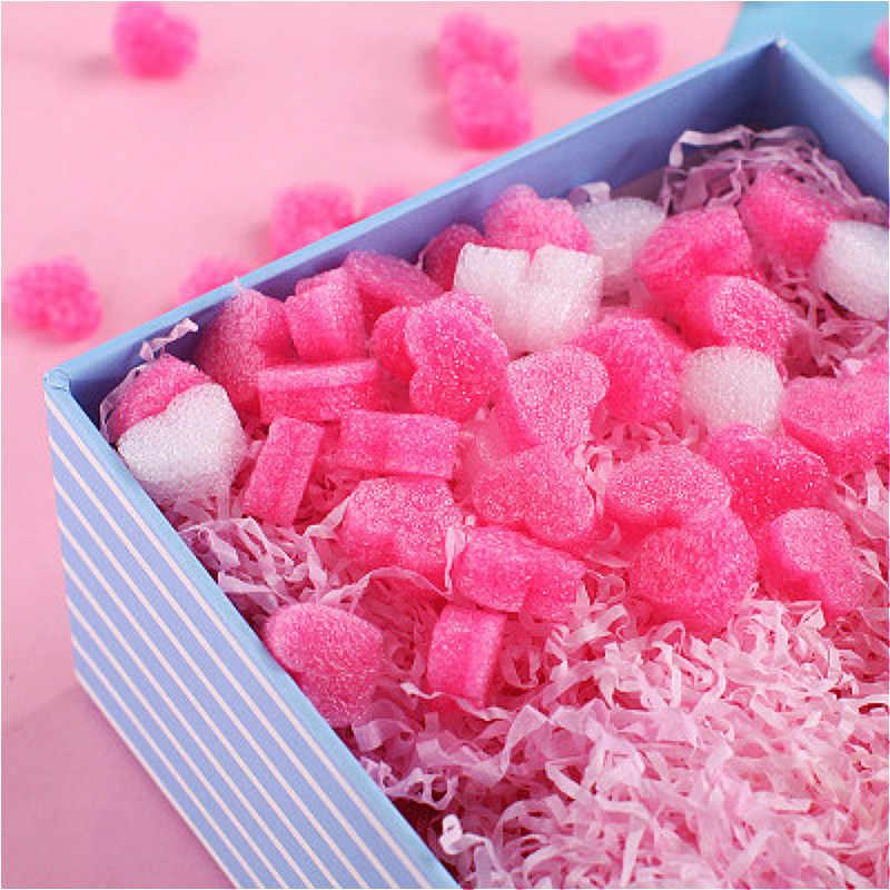 100 個ピンクミニハート愛ビーズ泡ストリップスライムギフトボックスふわふわスライムフィラー汚泥粘土包装結婚式の花ボックスフィラー