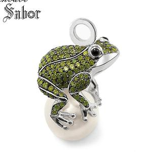 Image 1 - Pendant Frog silver color Green Zirconia For Women Gift Key Chains Jewelry Pendant Fit Necklace thomas
