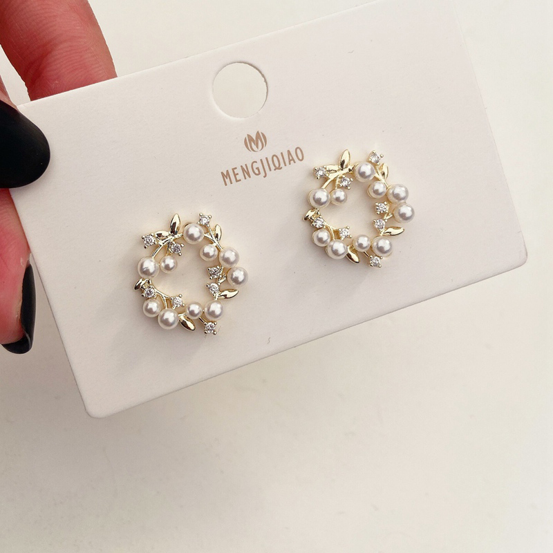 H3151096510f0446c8aca1282954e1bcfr - MENGJIQIAO 2019 New Hot Sale Vintage Colorful Rhinestone Small Hoop Earrings Women Fashion Simulated Pearl Semicircle Pendientes